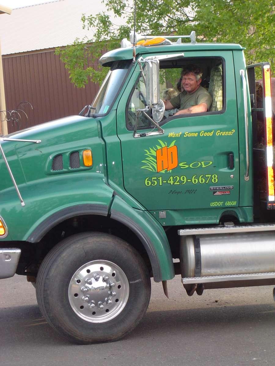 Delivering sod
